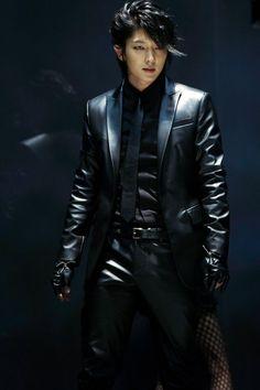 이즌기 Lee Jun Ki this sexy f'ing beast! Lee Jun Ki, Lee Joongi, Lee Min Ho, Korean Star, Korean Men, Asian Men, Asian Actors, Korean Actors, K Drama