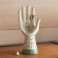 Need a helpful hand? 💍 Perfect for all your sparking pretties — our ceramic hand sculptures are based on vintage glove molds, handcrafted in white earthenware, glazed with a bisque finish, signed and dated!  Check out the full collection in bio ✨  .  .  .  .  #ugoneandthomas #design #decor #jewelry #ringaccessories