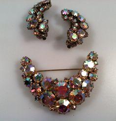Lauren Aurora Borealis  RHINESTONE Brooch Pin & Earring Set 1950s Vintage Signed  KARU