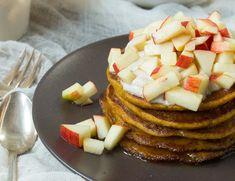 Apfel Zimt & Kürbis Pancakes {flowers on my plate}