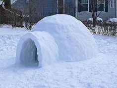How to build a snow igloo, perfect for the foot and a half of snow in my backyard.