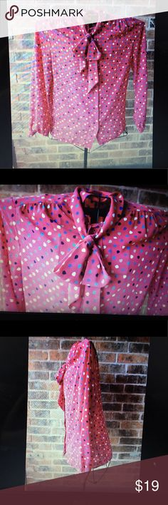 🔝🔝retro pussy cat bow secretary blouse🔝🔝 Beautiful retro pussy cat bow this item is beautiful. Long sleeve size m true size have a print of sleaves beige navy blue and purple ❤️makes an offer ❤️I ship same day of payment confirmation ❤️bundle discount 💯quality 🙂☺️🔝happy purchase!!! james kenrol Tops