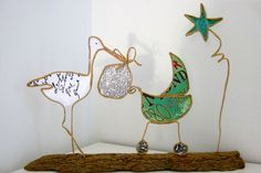 Stork and pram Wire Ornaments, Wire Crafts, Diy Dollhouse, Wire Art, Paper Gifts, Handicraft, Paper Cutting, Paper Dolls, Paper Art