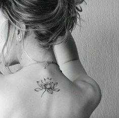 Image uploaded by ‽∂0 ▌▌▌. Find images and videos about flor, tattoo and loto on We Heart It - the app to get lost in what you love.