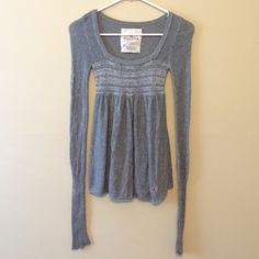 Hollister Long Sleeve Babydoll Top so cute and soft // perfect for winter! // also available on merc Hollister Tops