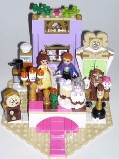 LEGO BEAUTY AND THE BEAST DISNEY CASTLE DINING ROOM SCENE w/ MINIFIGURES  #LEGO