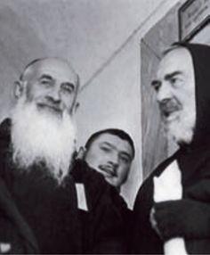 Padre Pio e il suo compagno di studio padre Clemente Centra da San Giovanni Rotondo (1886-1962)