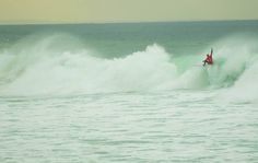 Kelly Slater getting the job done last week in round 1 @ Bells Beach. #bellsbeach #ripcurlpro #2016 #kellyslater #surf by jacksonwilliamtaylor http://ift.tt/1KnoFsa