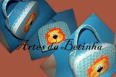 Artes da Betinha: Maleta - Leão