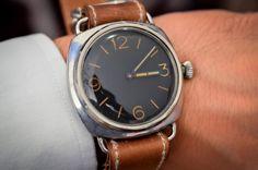 Panerai Radiomir Ref. 3646 vintage patina The best of craftsmanship and materials ____________________________ #vintage #Panerai #timepiece #wristwach #zeitwerk #luxury #luxurywatch #menstyle #watchfam #watch #Radiomir