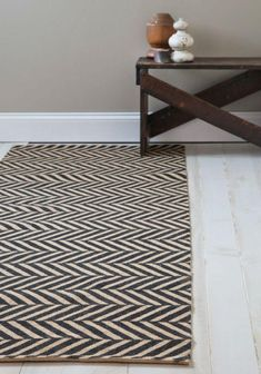 Zig zag rug for hallway Hallway Runner, Hallway Rug, Hallways, Modern Hallway, Contemporary Hallway, Do It Yourself Inspiration, Tapis Design, Vintage Decor, Retro Vintage