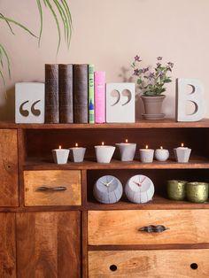 תומך ספרים מרכאות מבטון   גריי עיצובים בבטון   מרמלדה מרקט