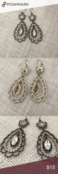 "Pearl + Crystal Floral Filigree Earrings by C+I Beautiful vintage inspired Chloe + Isabel earrings. Earrings are brass ox plated, nickel-free, and are 2.7"" drop length. Price online is $42. Chloe + Isabel Jewelry Earrings"
