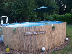 Pool Umrandung