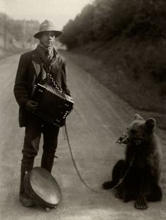 Showman with Performing Bear in the Westerwald, August Sander 1929.