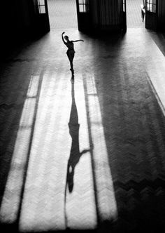 Lonely dancer - Beautiful image via Pinterest