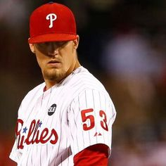 Reports: Phillies trading closer Ken Giles to Astros