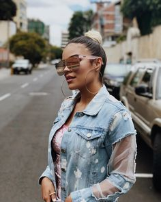 Karol G Sunglasses Famous Celebrities, Famous Women, Concert Outfit Summer, Winter Outfits, Summer Outfits, Foto Instagram, Adidas Outfit, Fashion Outfits, Womens Fashion