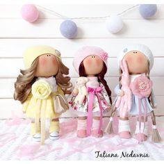 🌿Хорошего дня всем💛💗💙🌿 Впереди выходные💭 Малышка в голубом СВОБОДНА😉 #tatiananedavnia #tilda #wedding #pink #pillow #МК #decor #fabrik #handmad #knitting #love #cotton #baby #кукла #шитье #выставка #шеббишик #пупс #платье #подарок #праздник #работа #ручнаяработа #сделайсам #своимируками #ткань #тильда #интерьер #интерьернаяигрушка #интерьернаякукла