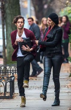 Uma-Thurman-y-Penn-Badgley