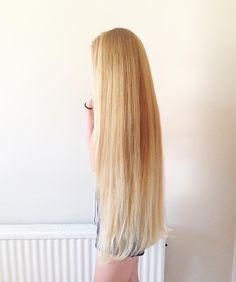 Beautiful Blonde Hair, Really Long Hair, Long Blond, Rapunzel Hair, Long Natural Hair, Playing With Hair, Dream Hair, Shiny Hair, Pretty Hairstyles
