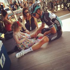 Nice moment with and his family on the new vinyl Quick Step floor! Quick Step Flooring, Mark Cavendish, Bike Storage, Pro Cycling, Grand Tour, World Championship, Road Bike, Carbon Fiber, Bicycle