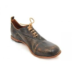 The CYDWOQ Classic is a versatile men's shoe that is practical enough to be worn with a pair of jeans in the workshop and handsome enough to pair with the right suit and tie. Handmade in California. - I'd wear these in a heartbeat