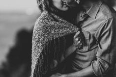 We adore this intimate engagement photo session | Clarkie Photography