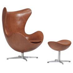 "No. 3316 ""Egg Chair"" by Arne Jacobsen (1957) http://www.modernfurnituredesigners.interiordezine.com/classic-furniture/arne-jacobsen-egg-chair/"