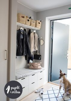 Home Interior Bedroom Skapa ordning i hallen.Home Interior Bedroom Skapa ordning i hallen Hallway Closet, Hallway Storage, Bedroom Storage, Ikea Bedroom, Interior Design Living Room Warm, Room Interior, Hallway Decorating, Entryway Decor, Decorating Ideas
