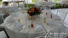 Mesa de invitados - Montaje de mesa para matrimonio- Arreglo floral bajo - Matrimonio Mamacona