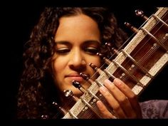 Anoushka Shankar plays 'Pancham Se Gara' - YouTube