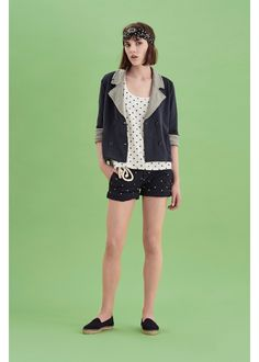 Loving pois is a matter of fact: wear this sporty outfit and feel passion for everything you love. #SUN68 #SS17 #woman #jacket #pois #elegance