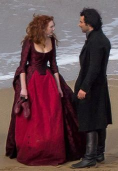 """jennyspring: """" """"Eleanor Tomlinson and Aidan Turner filming Series 2 of Poldark """" """" Love these new pics. Omg can't wait to see this played out. She looks like she's snapped. & that gorgeous dress all. Poldark Series 2, Bbc Poldark, Poldark 2015, Demelza Poldark, Ross Poldark, Poldark Actors, The Paradise Bbc, Ross And Demelza, Aidan Turner Poldark"""