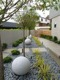 Le galet décoratif envahit les jardins