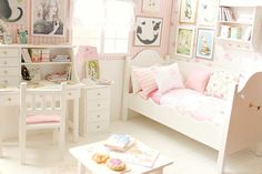 Carolina_Tyran_miniature-dollhouse-4b