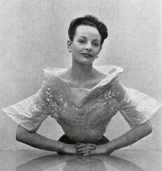 1949 Elsa Schiaparelli
