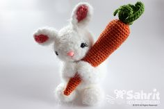 Bubbles the fluffy bunny and carrot - Amigurumipatterns.net