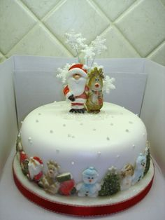 Made for my sister based on a design by Karen Davies. Santa & Rudolph mould and Christmas Border mould. Christmas Themed Cake, Christmas Cake Designs, Christmas Cupcakes Decoration, Christmas Sweets, Christmas Baking, Christmas Cakes, New Year's Cake, Holiday Cakes, Occasion Cakes