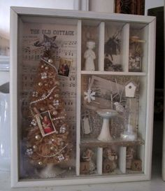 Christmas Shadow Box- would be a great way to preserve treasured ornaments from my childhood tree All Things Christmas, Vintage Christmas, Christmas Holidays, Christmas Decorations, Christmas Ornaments, White Christmas, Xmas, Christmas Projects, Holiday Crafts