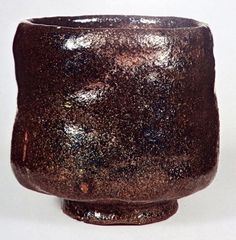 Raku Pottery, Slab Pottery, Japanese Ceramics, Japanese Pottery, Ceramic Bowls, Ceramic Art, Chawan, Sculpture Clay, Ceramic Sculptures