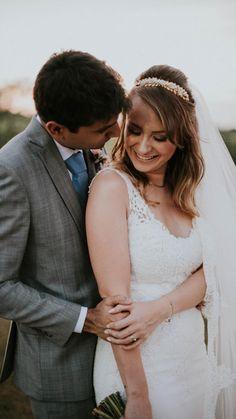 Talita Soravassi ♡ João by Old Love Beautiful Bride, Brides, Wedding Day, Poses, Couple Photos, Couples, Weddings, Engagement, Pi Day Wedding