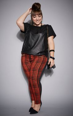 calça-plus-size-camisa-fashion-olook-curves