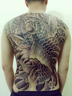 ปาคราบ Black Cat Tattoos, Asian Tattoos, Tribal Tattoos, Cool Tattoos, Carp Tattoo, Koi Fish Tattoo, Japan Tattoo Design, Back Piece Tattoo, Back Tattoos For Guys