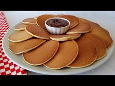 For those looking for the answer to the question of how to make pancakes, we will offer a delicious and thick pancake recipe. Vanilla Greek Yogurt, How To Make Pancakes, Pancakes Easy, Kefir Benefits, Kefir Recipes, Water Kefir, Yummy Snacks, Food Hacks, Bakken