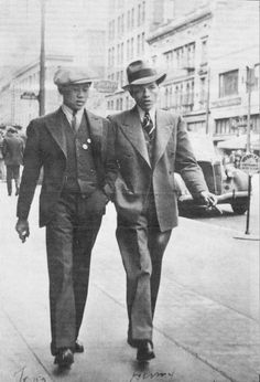 Fashion: The 1920s fashion for gentlemen was a kind of nice looking business suits. They would dress in comfort but also to impress. In this picture they are probably on there way to a formal occasion.