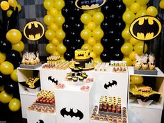 black-yellow-batman-birthday-party.jpg (500×375)