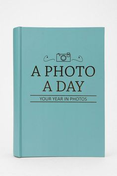 Photo a Day Photo Album - For first year of marriage. Doin it!