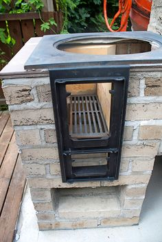 89 Incredible Outdoor Kitchen Design Ideas That Most Inspired Grill Outdoor, Outdoor Stove, Outdoor Cooking, Garden Fountains For Sale, Backyard Smokers, Diy Wood Stove, Fire Pit Plans, Brick Bbq, Built In Grill