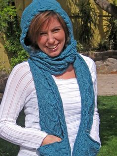 hooded scarf - with pockets!